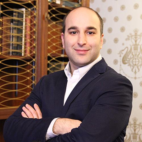 Dr Nima Heirati